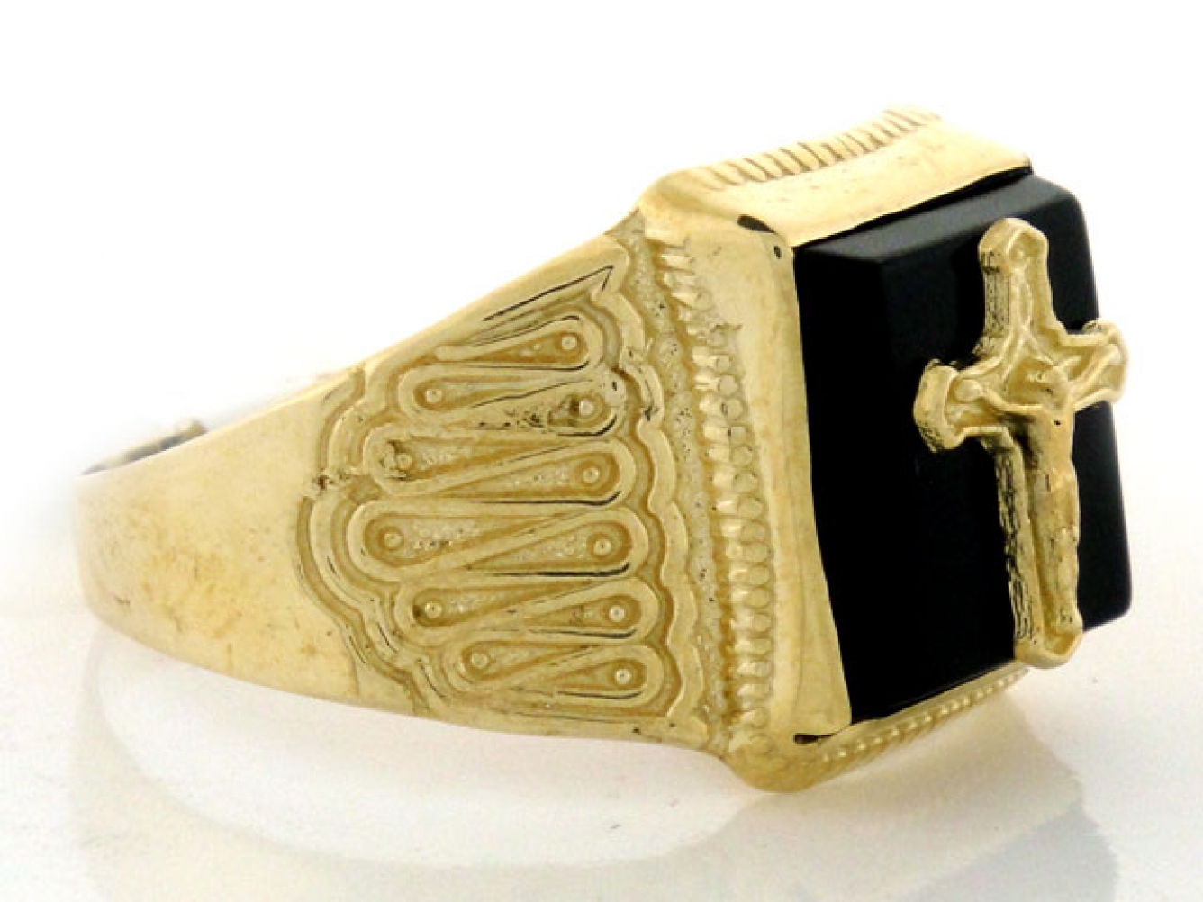 10k 14k solid gold mens onyx crucifix cross jesus ring. Black Bedroom Furniture Sets. Home Design Ideas
